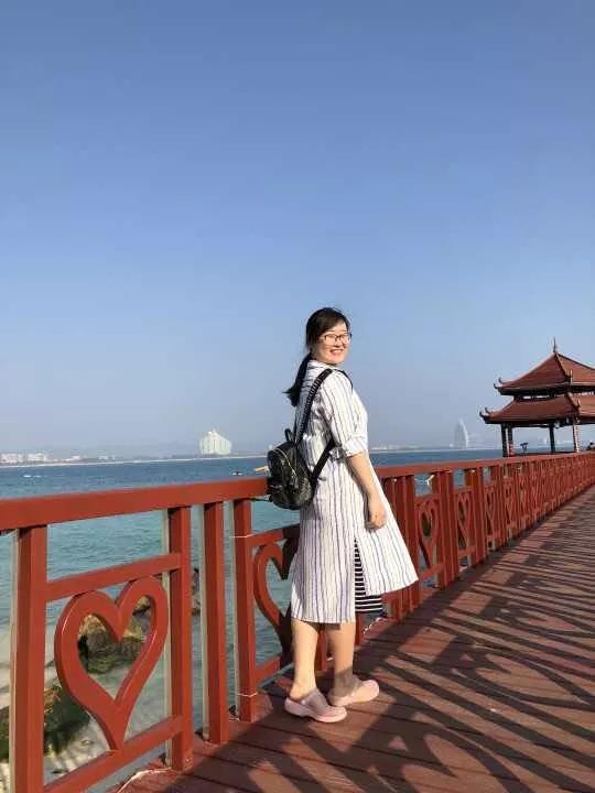 教师节专访丨李婉茹老师:出身教师世家,薪火相传,共守三尺讲台
