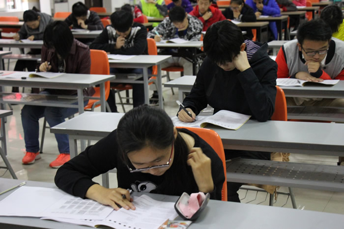 校内ACT考试
