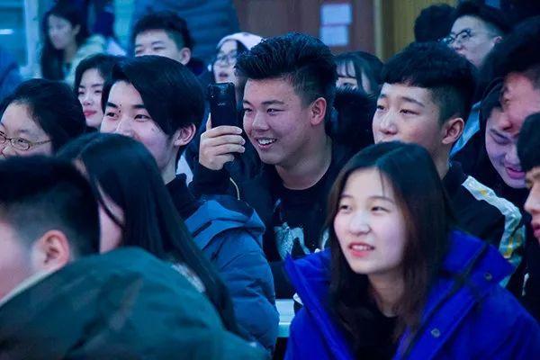 郑州基石中学元旦文艺汇演圆满落幕 快来看看孩子们的精彩表演