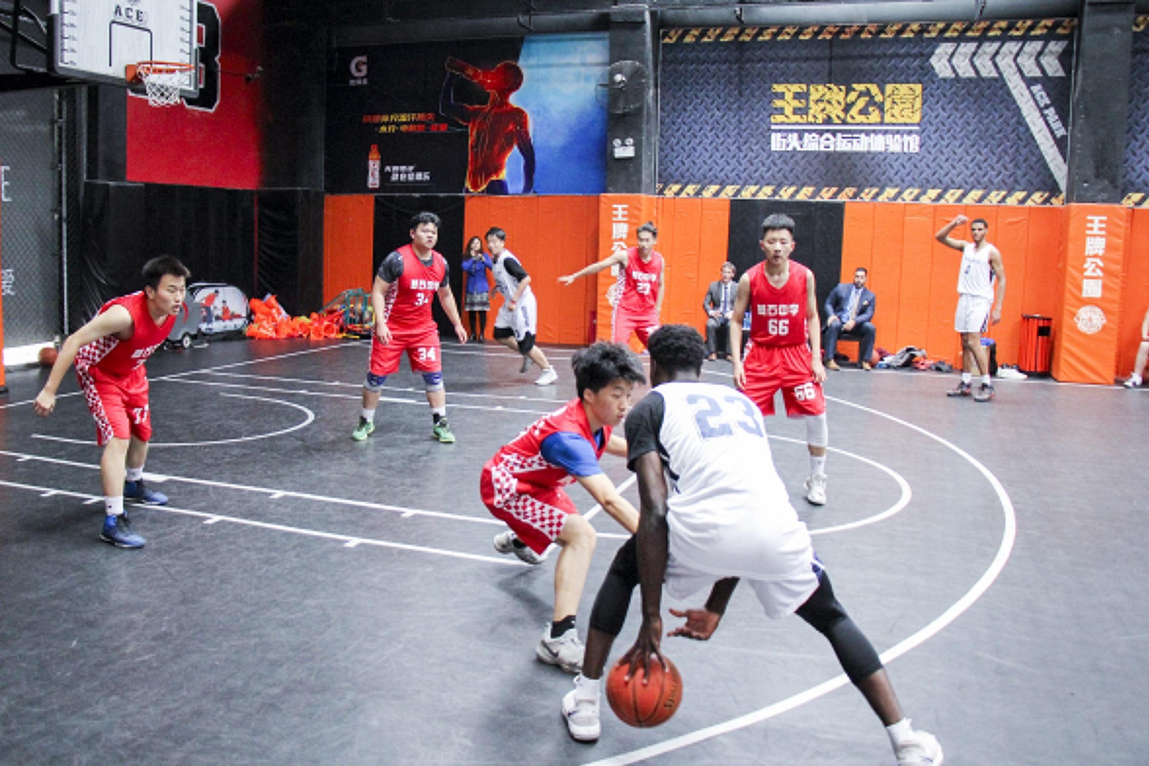 中美高中生篮球友谊赛